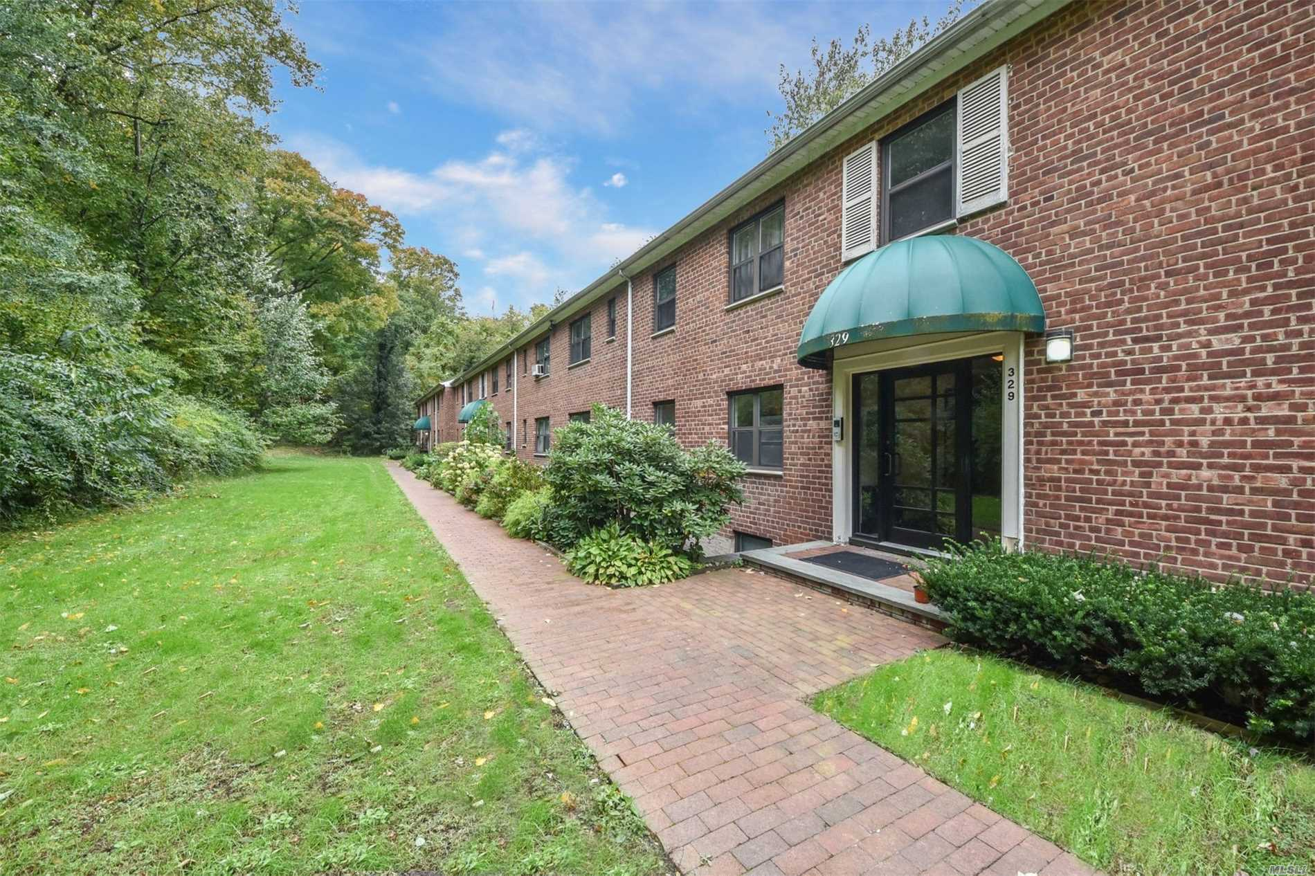 Property for sale at 329 Main St, Roslyn,  NY 11576