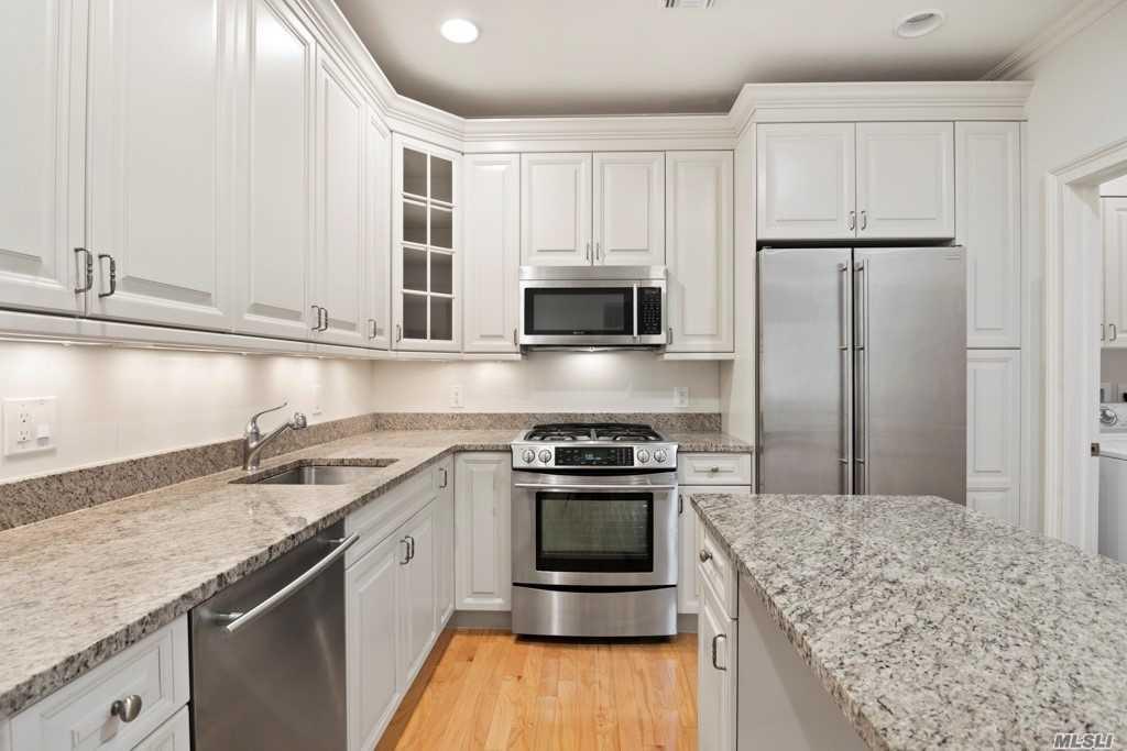 Property for sale at 717 Roosevelt Way, Westbury,  NY 11590