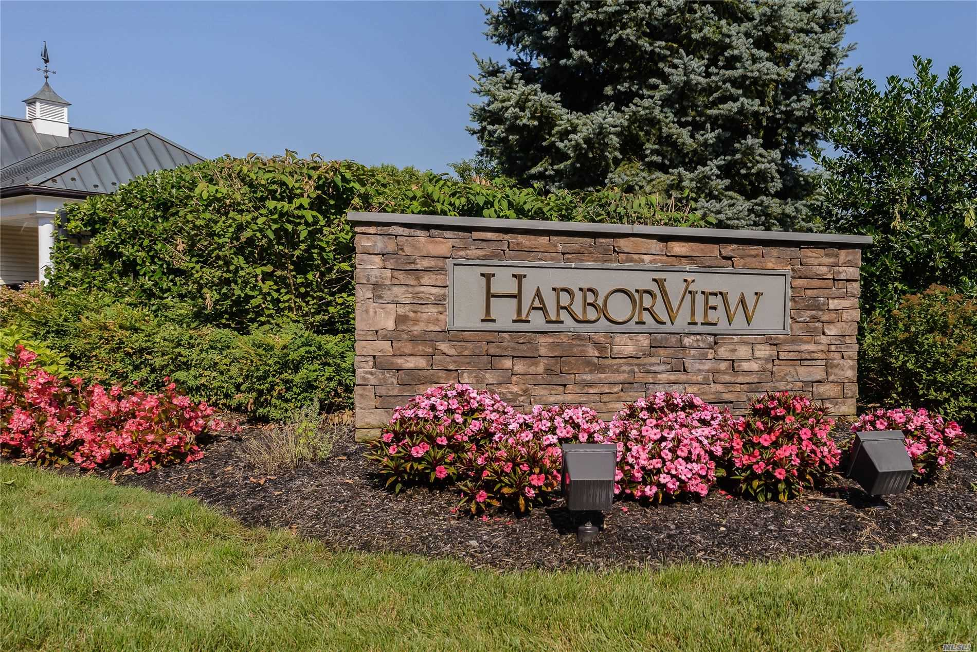 Property for sale at 189 Harbor View Dr, Port Washington,  New York 11050