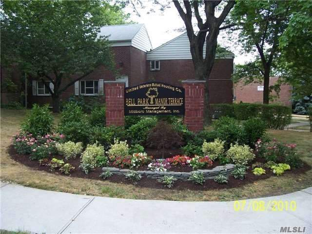 Photo of home for sale at 225-08 Stronghurst Ave, Queens Village NY