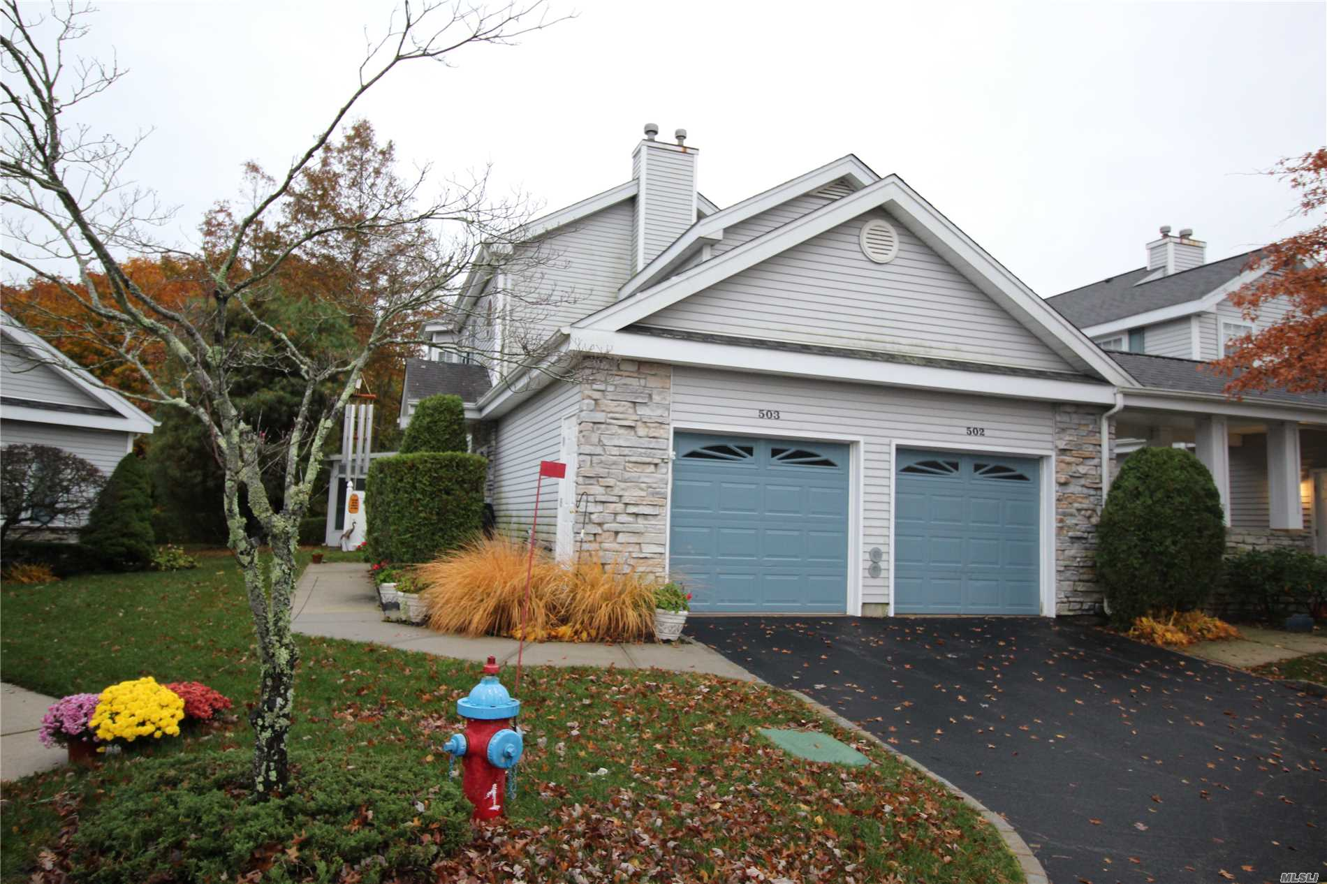 Property for sale at 503 Oak Bluff Ct, Moriches,  NY 11955