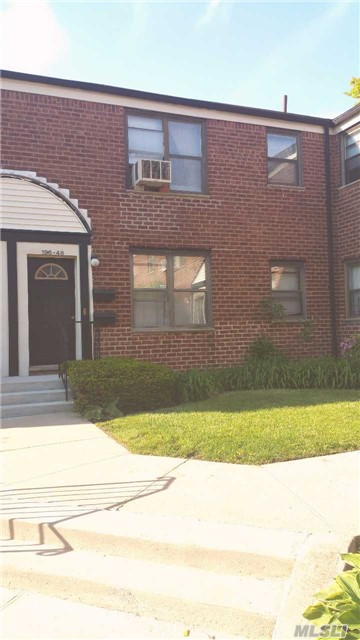 Photo of home for sale at 196-48 67 Ave, Fresh Meadows NY