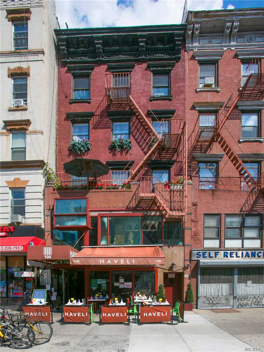 Photo of home for sale at 100 2nd Ave, Manhattan NY