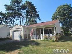 Property for sale at 173 Brownfield Dr, Ridge,  NY 11961