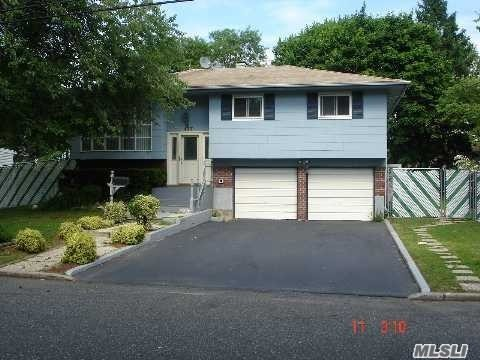 Photo of home for sale at 137 Charter Oaks Ave, Brentwood NY
