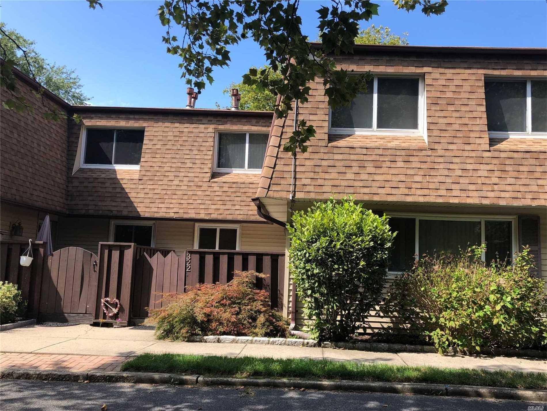 Property for sale at 322 Feller Dr, Central Islip,  NY 11722