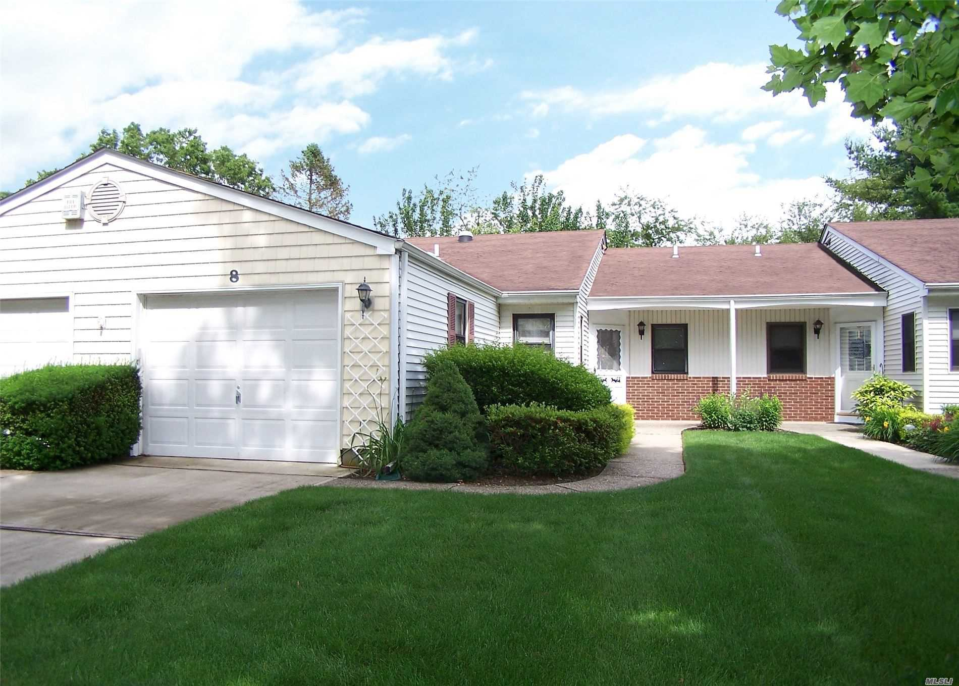 Property for sale at 8 Knolls Dr, Stony Brook,  New York 11790