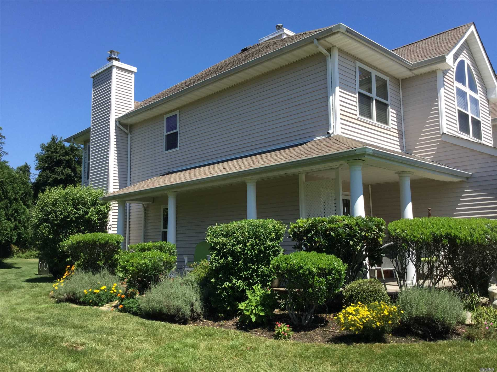 Property for sale at 2806 Bayberry Path, Riverhead,  NY 11901