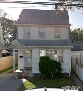 Photo of home for sale at 110-76 199th St, Jamaica NY