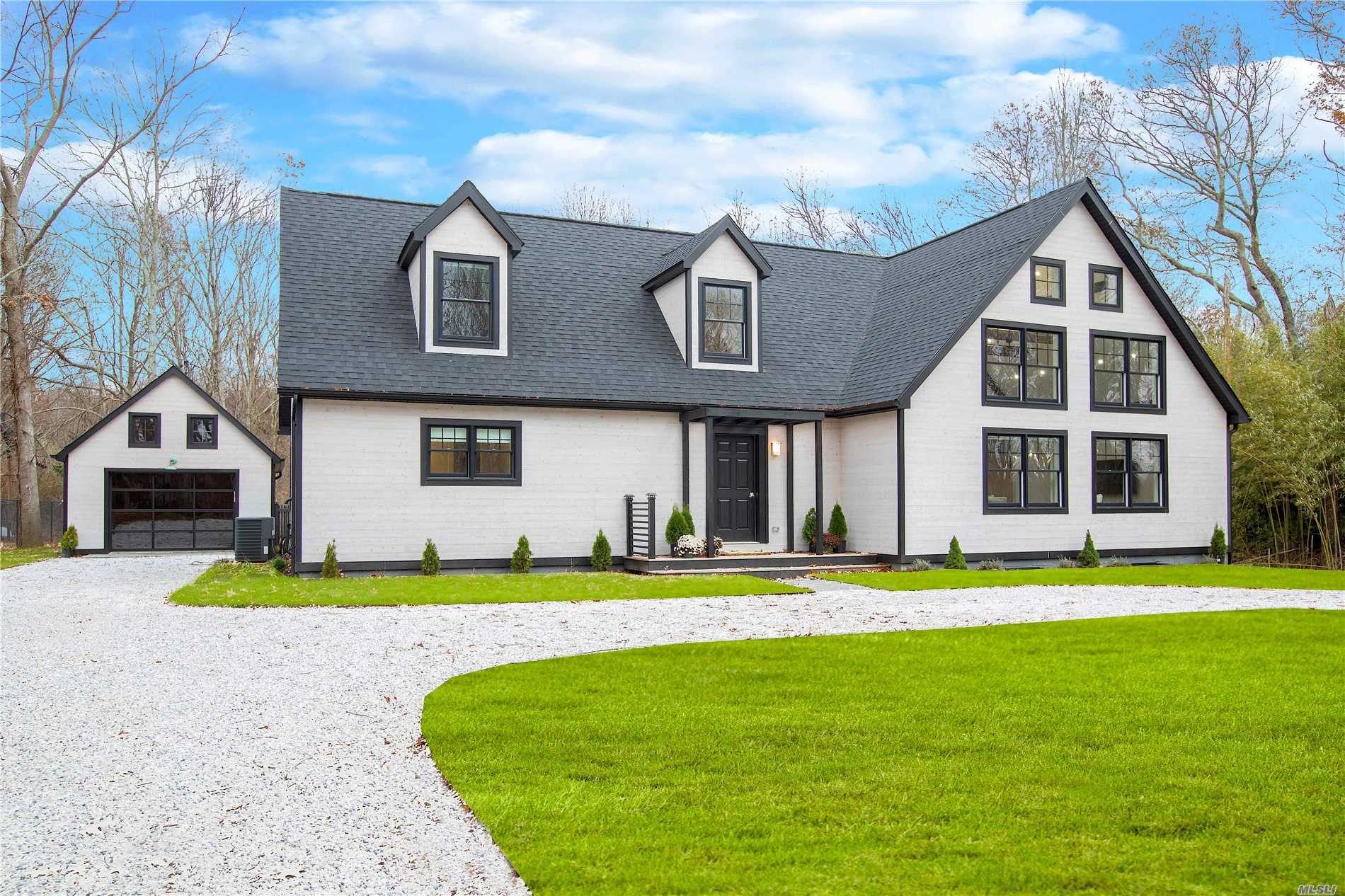 Photo of home for sale at 1670 Stars Rd, East Marion NY