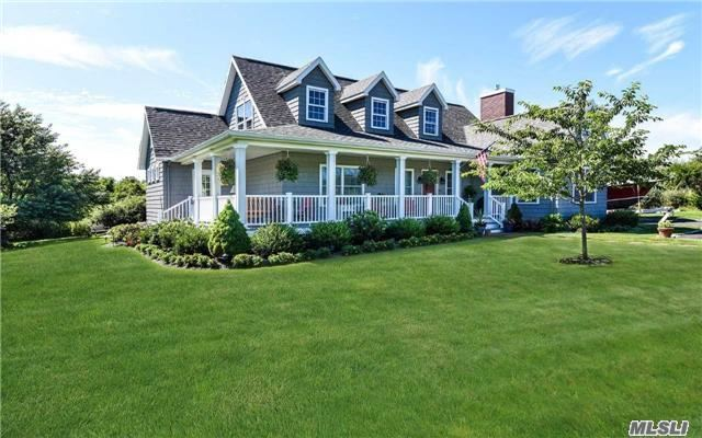 Photo of home for sale at 1350 Hortons Ln, Southold NY