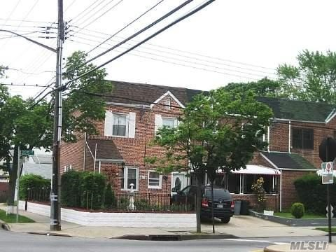 Photo of home for sale at 135-01 225th St, Jamaica NY