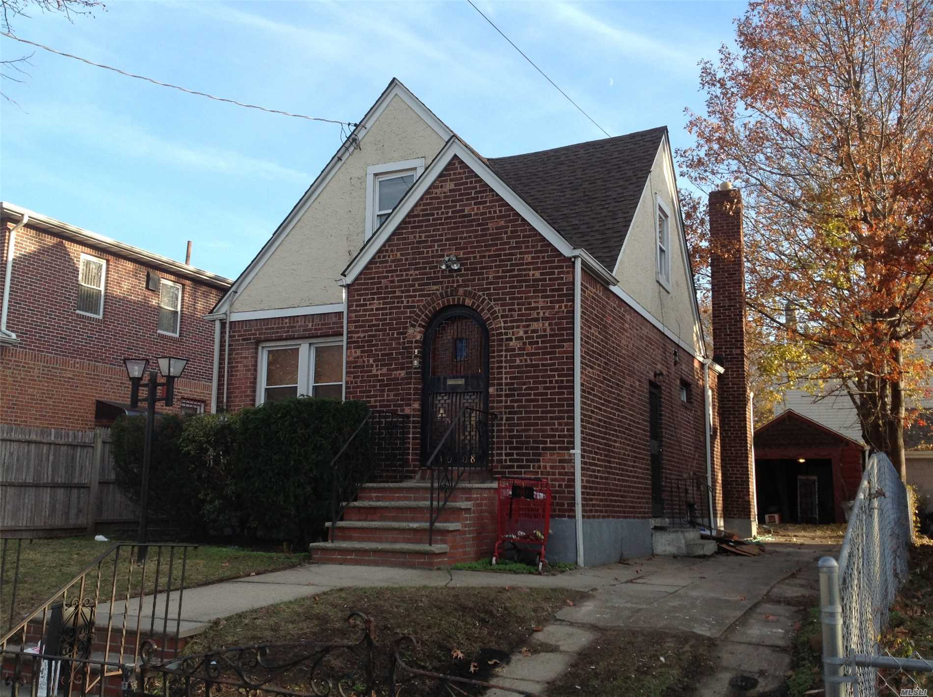 Photo of home for sale at 140-08 Linden Blvd, Jamaica NY