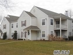 Property for sale at 137 Fairview Cir, Middle Island,  NY 11953