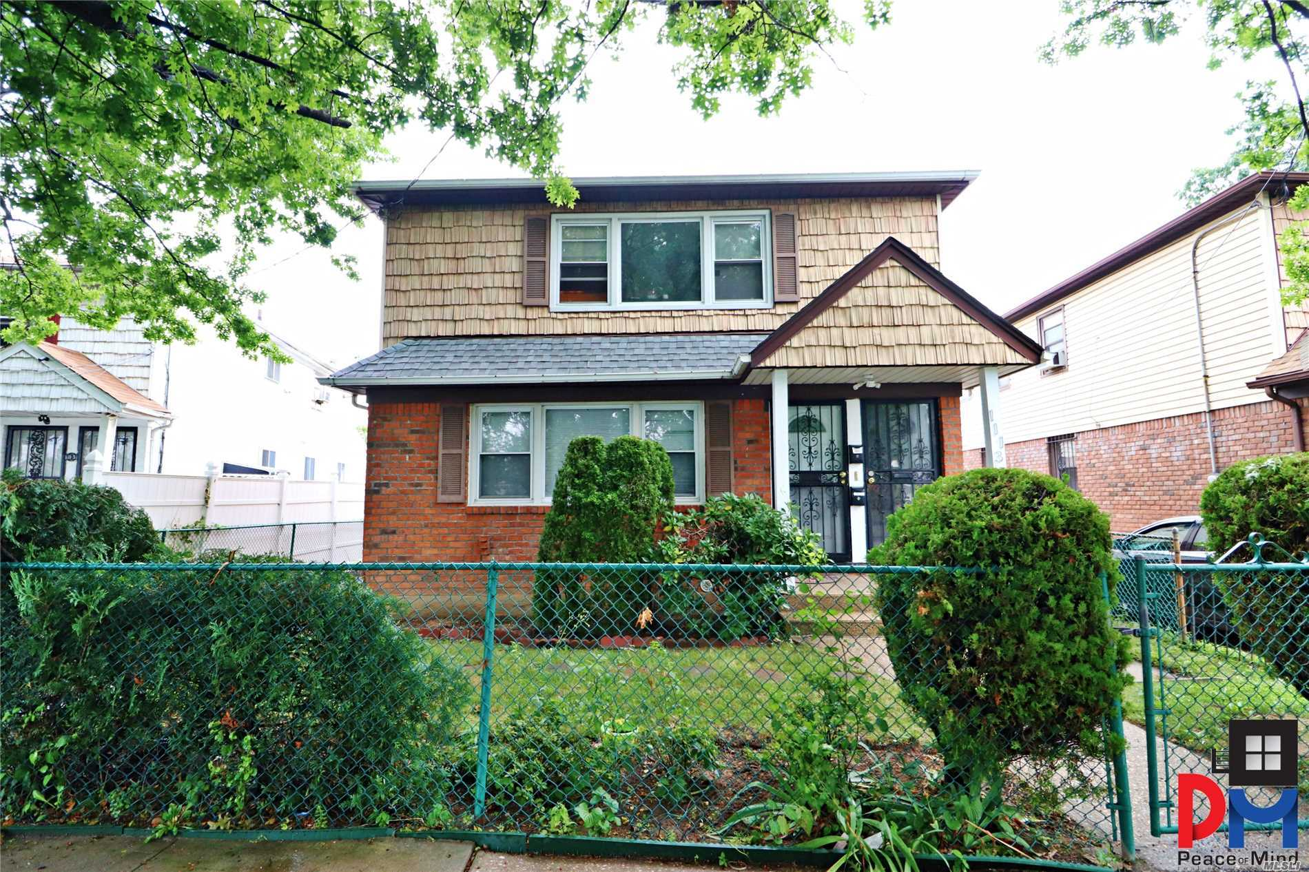 Photo of home for sale at 111-35 172nd St, Addisleigh Park NY