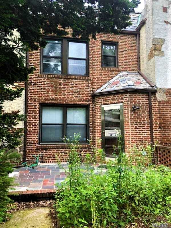 Property for sale at Forest Hills,  New York 11375