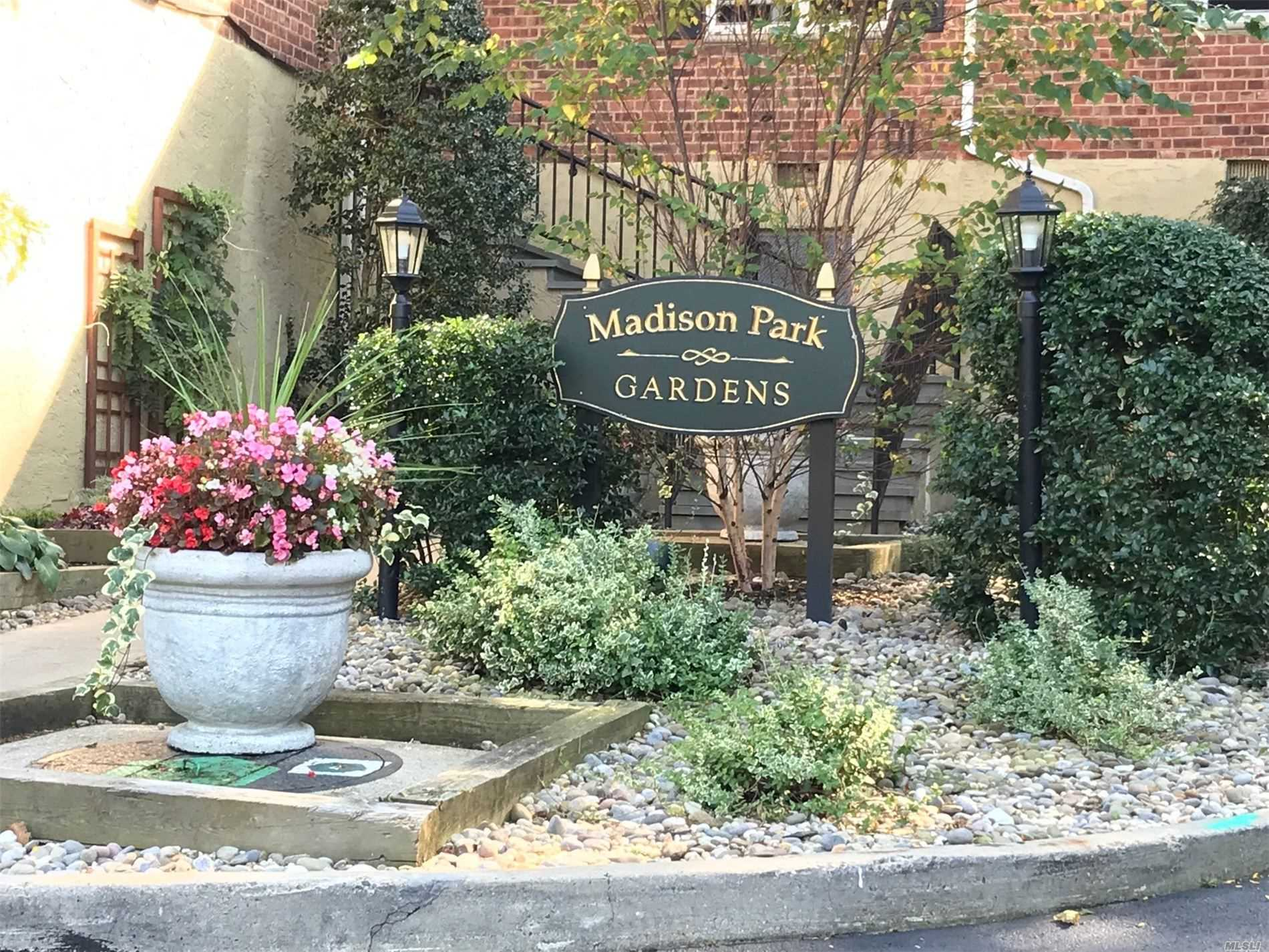 Property for sale at 39U Madison Park Gdns, Port Washington,  New York 11050