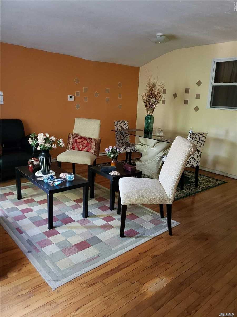 Photo of home for sale at 144-32 181 St, Springfield Gdns NY