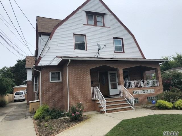 Photo of home for sale at 11-36 Neilson St, Far Rockaway NY