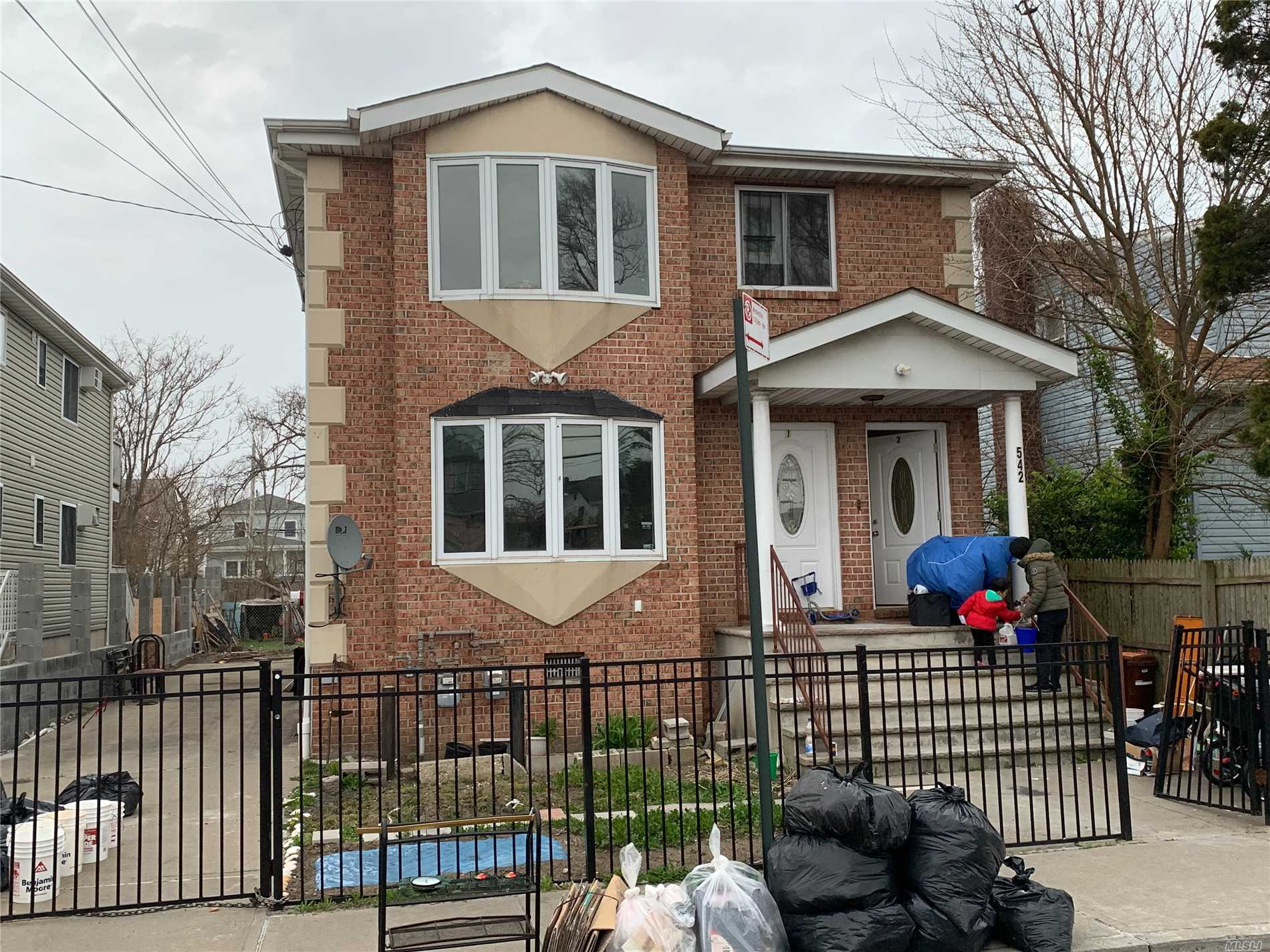 Photo of home for sale at 542 Beach 69 St, Arverne NY