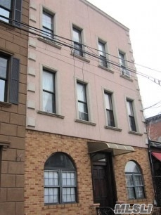 Photo of home for sale at 340 Mcguinness Blvd, Brooklyn NY