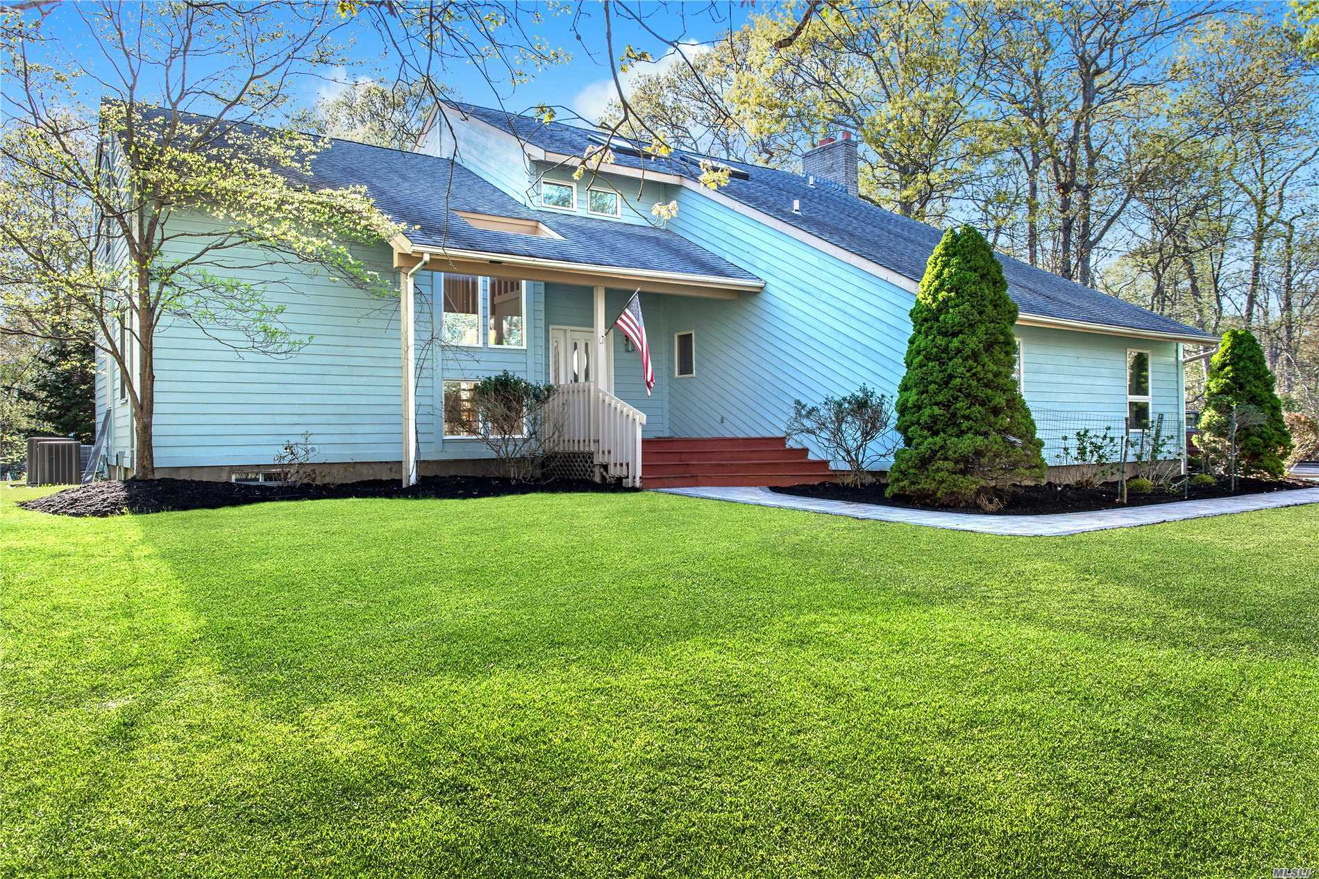 Photo of home for sale at 244 Northside Dr, Sag Harbor NY