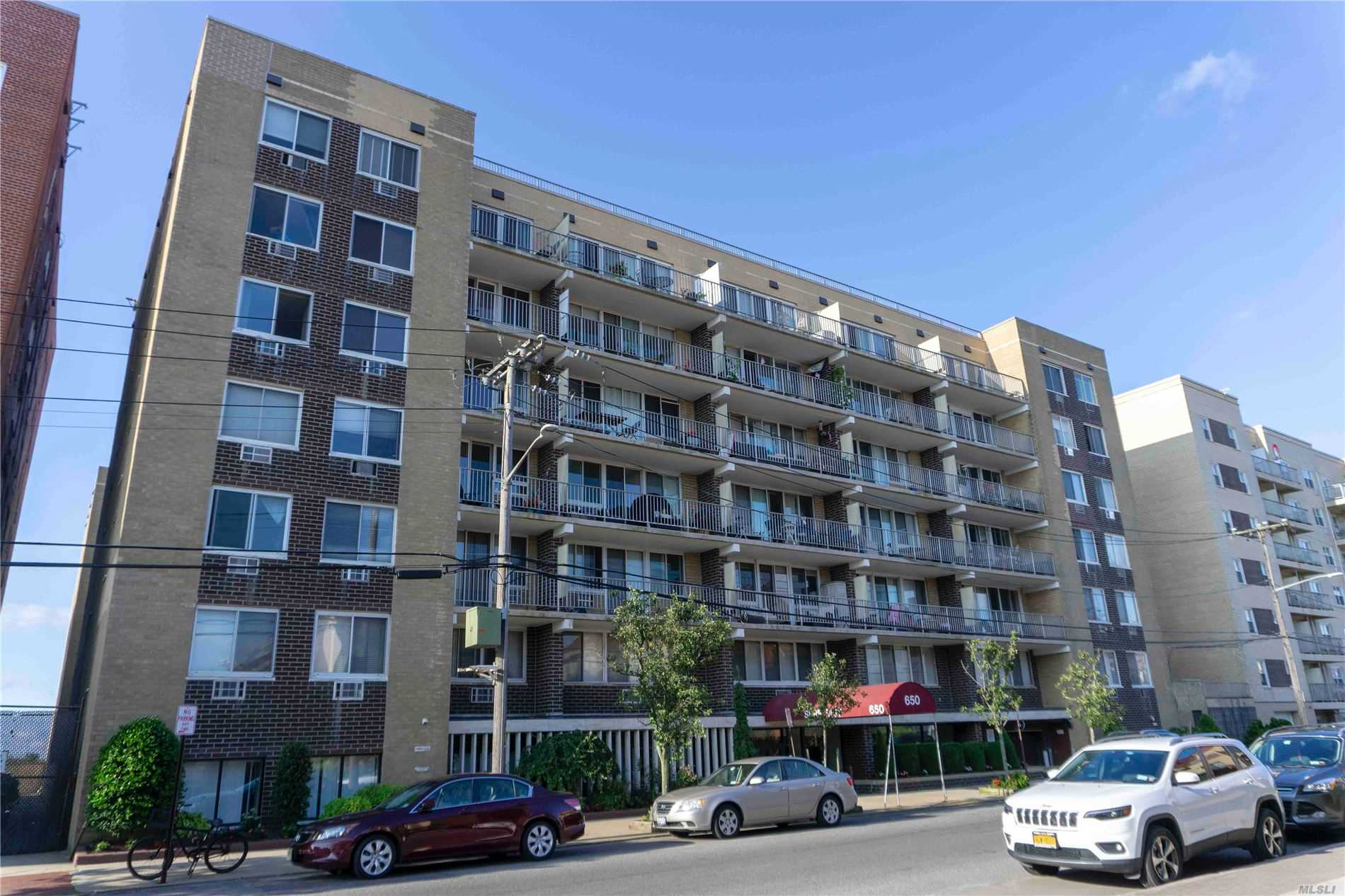 Property for sale at 650 Shore Rd Unit 1T, Long Beach,  New York 11561