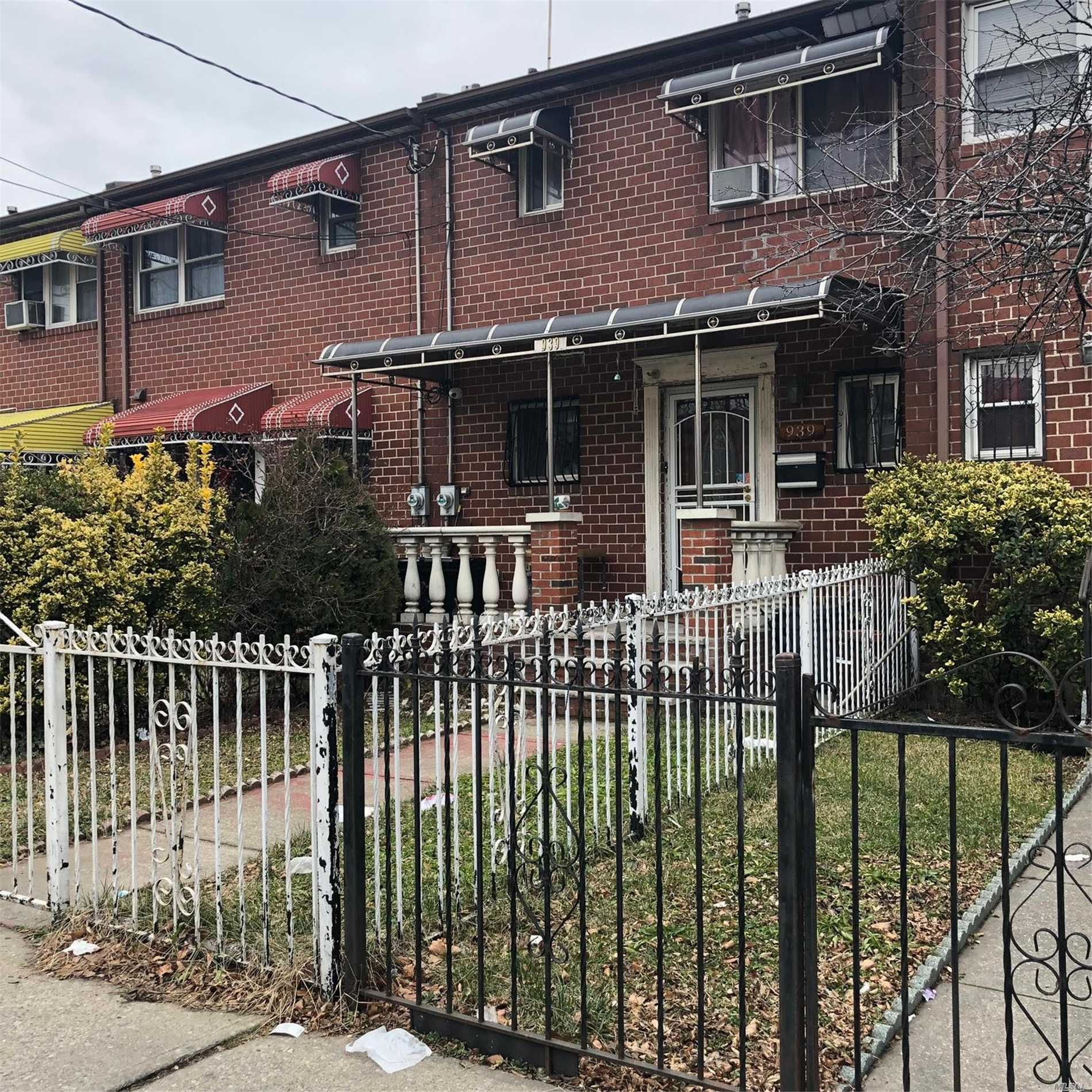 Photo of home for sale at 939 Rockaway Ave, Brooklyn NY