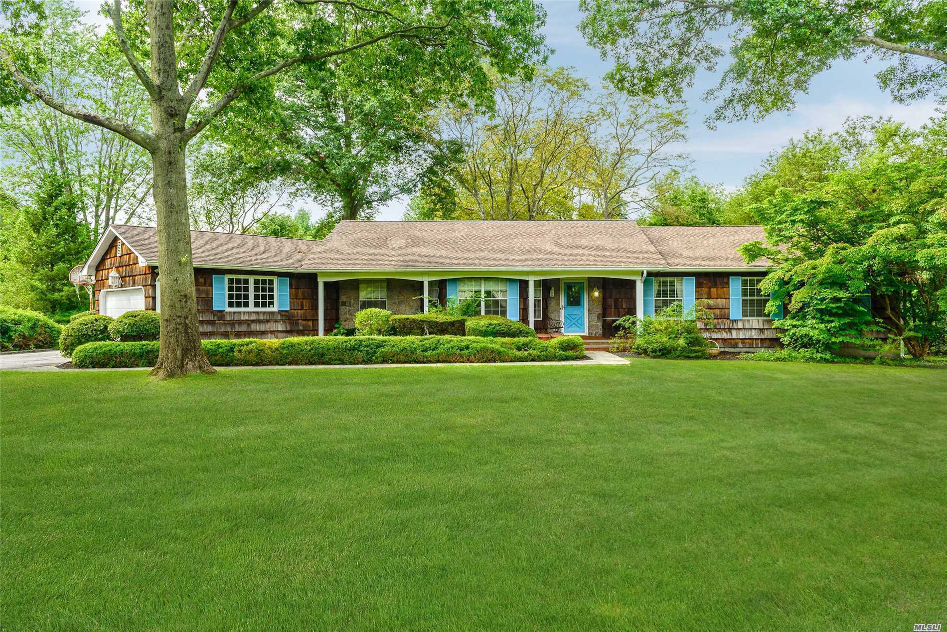 Photo of home for sale at 327 Woodbury Rd, Cold Spring Harbor NY