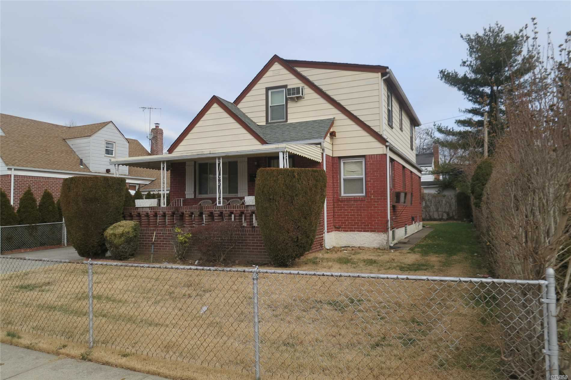 Photo of home for sale at 200 Village Ave, Elmont NY