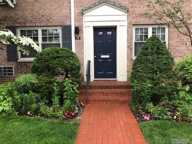 Property for sale at 418 Merrick Road, Rockville Centre,  New York 11570