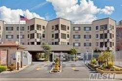 Property for sale at 725 Miller Ave, Freeport,  NY 11520