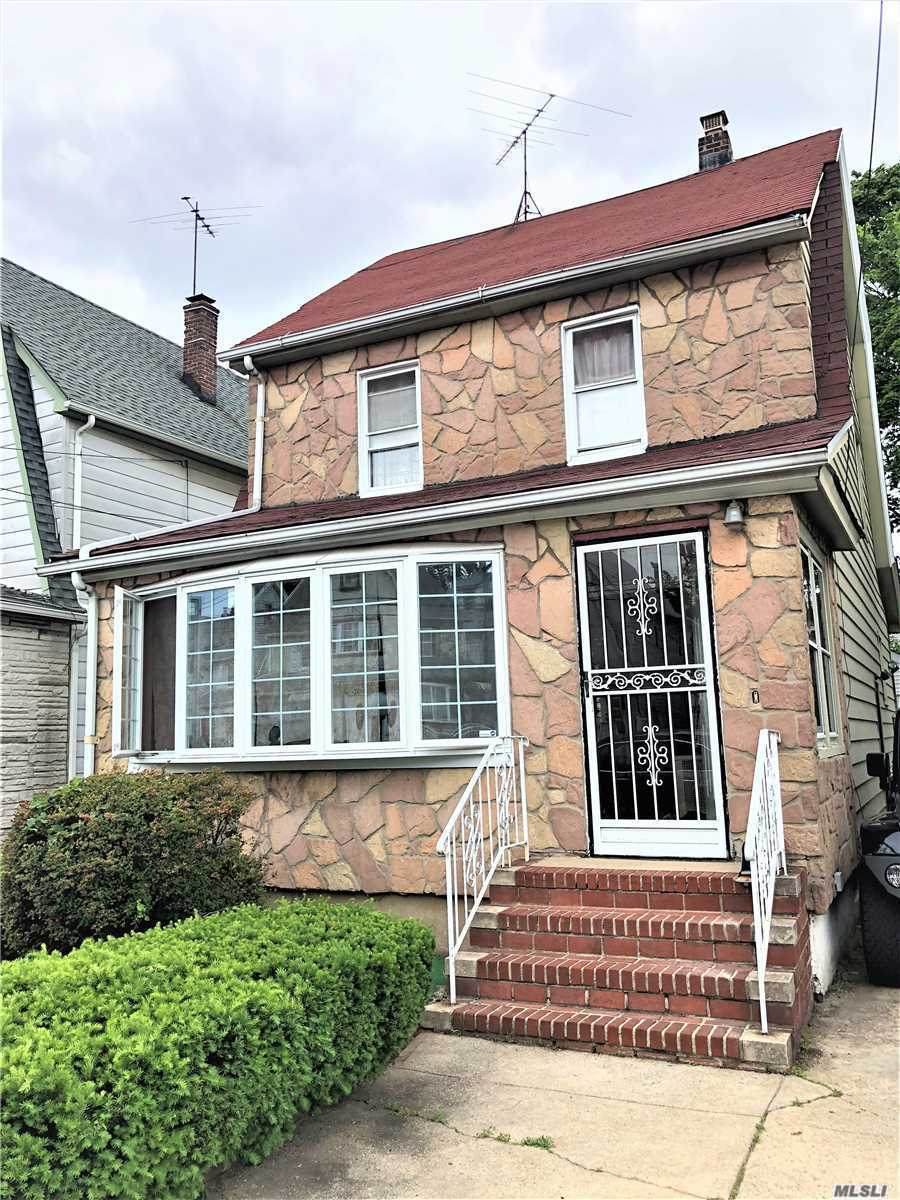 Photo of home for sale at 194-35 113Th Rd, Jamaica NY