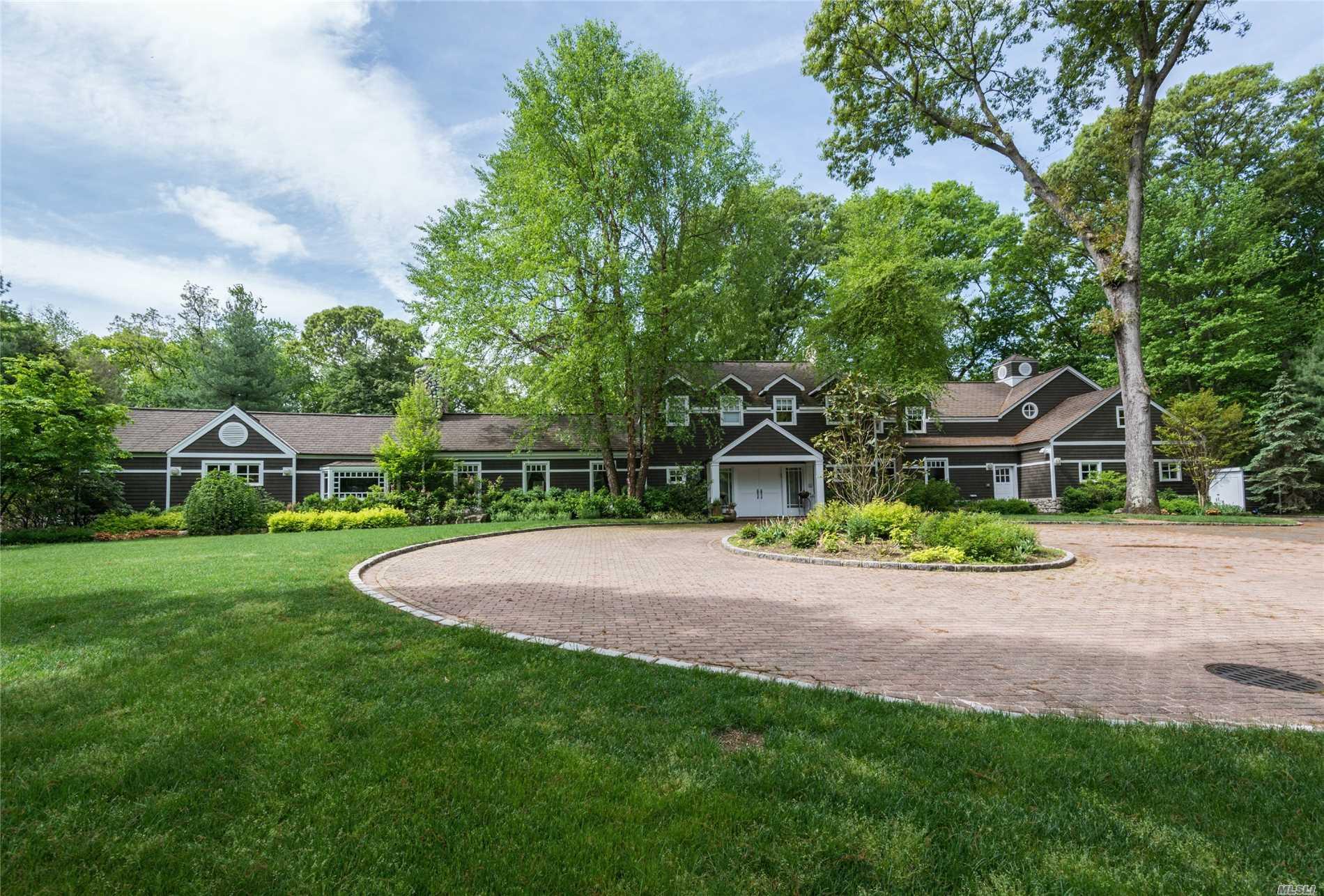 Property for sale at 1620 Old Cedar Swamp Rd, Brookville,  NY 11545