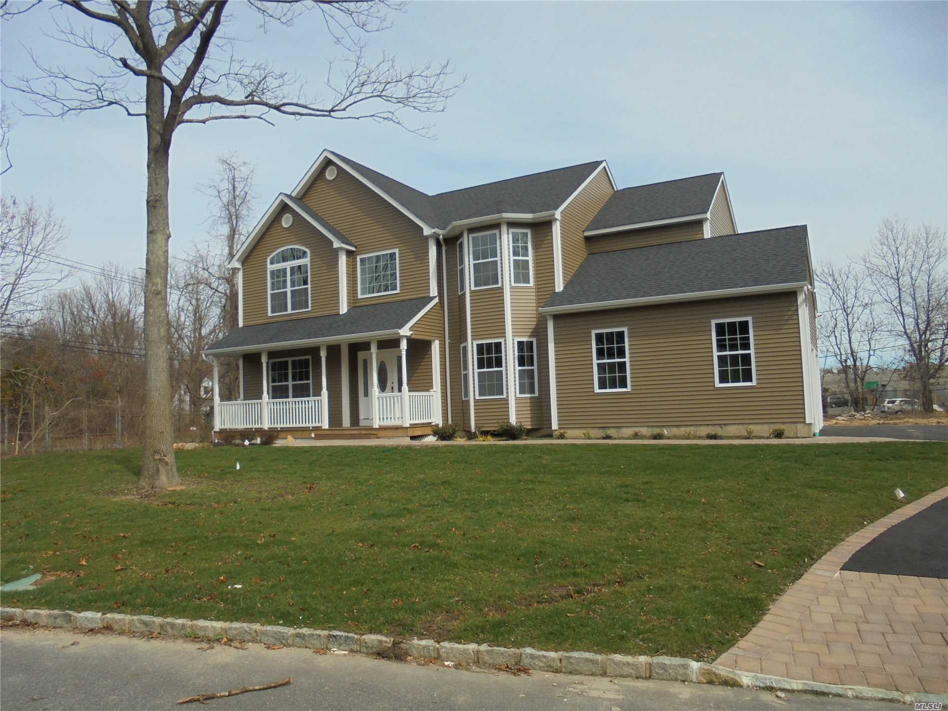 Photo of home for sale at lot 25 Foxrun Ct, Pt.Jefferson Sta NY