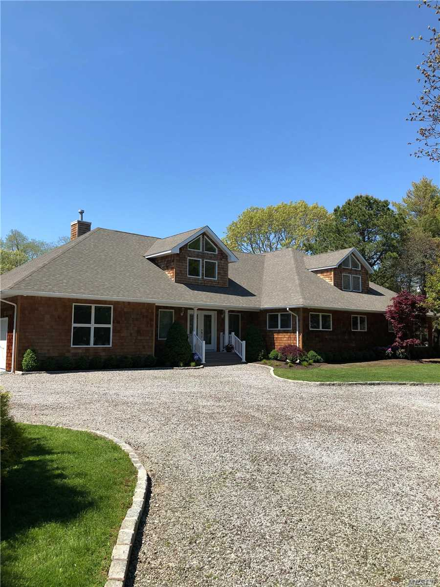 Photo of home for sale at 10 Fiddler Crab Trl, Westhampton NY
