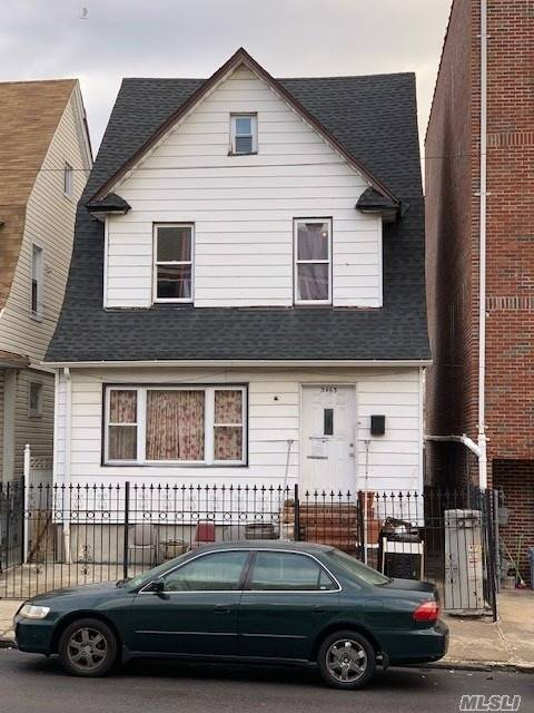 Photo of home for sale at 34-63 111Th St, Corona NY