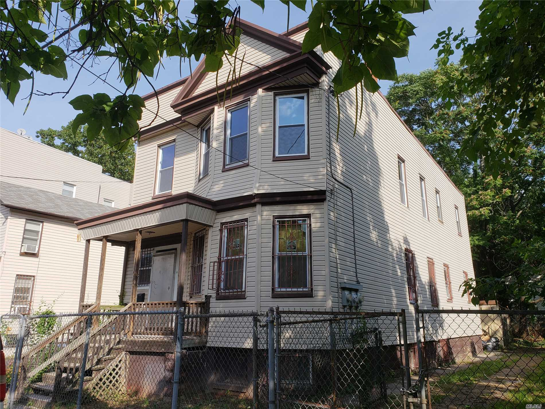 Photo of home for sale at 88 Brookdale Ave, Newark NJ
