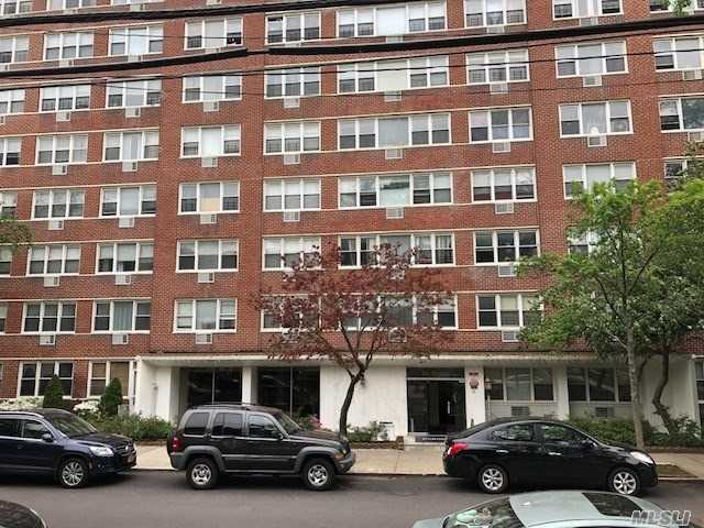 Photo of home for sale at 172-70 Highland Ave, Jamaica Estates NY