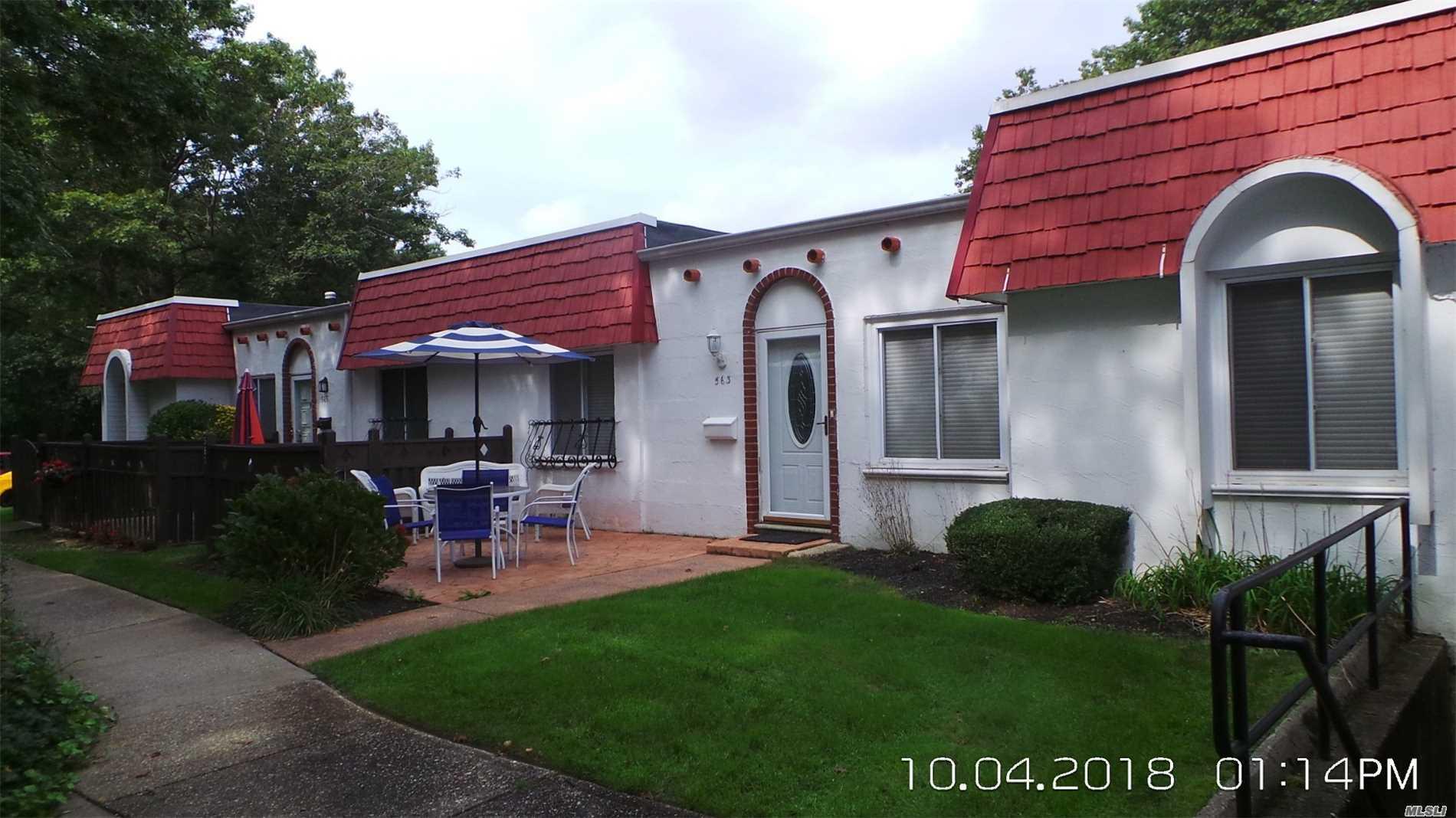 Property for sale at 563 Blue Ridge Dr, Medford,  NY 11763