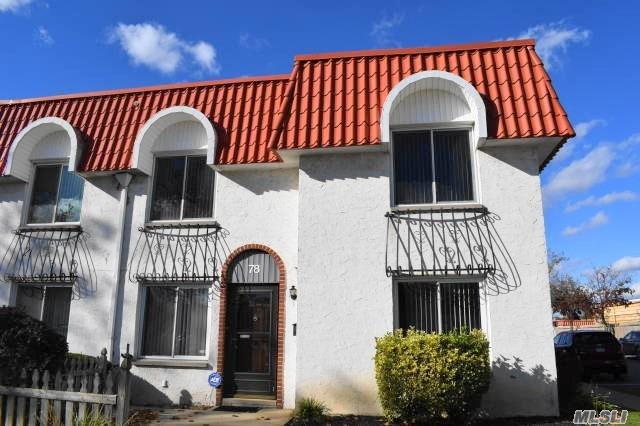 Property for sale at 78 Alhambra Dr, Oceanside,  NY 11572