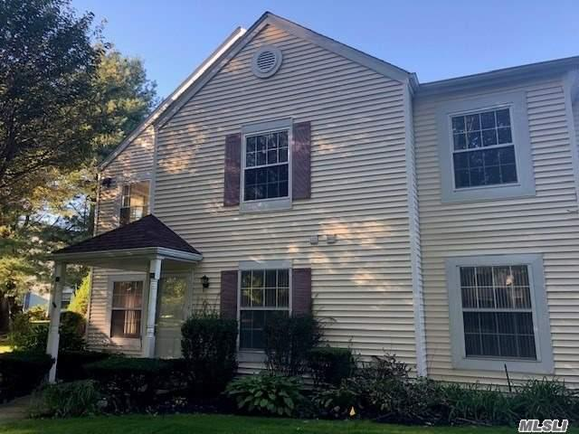 Property for sale at 246 Fairview Cir, Middle Island,  NY 11953