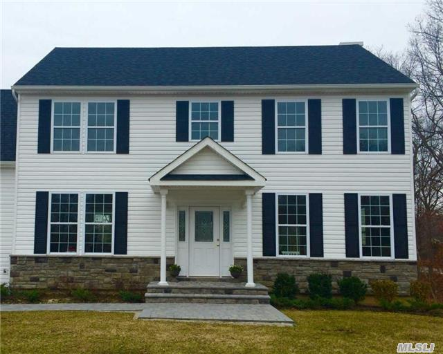 Photo of home for sale at 5 Sweet Woods Ct, Pt.Jefferson Sta NY