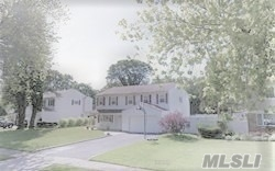 Photo of home for sale at 18 Tall Pines Ln, Nesconset NY