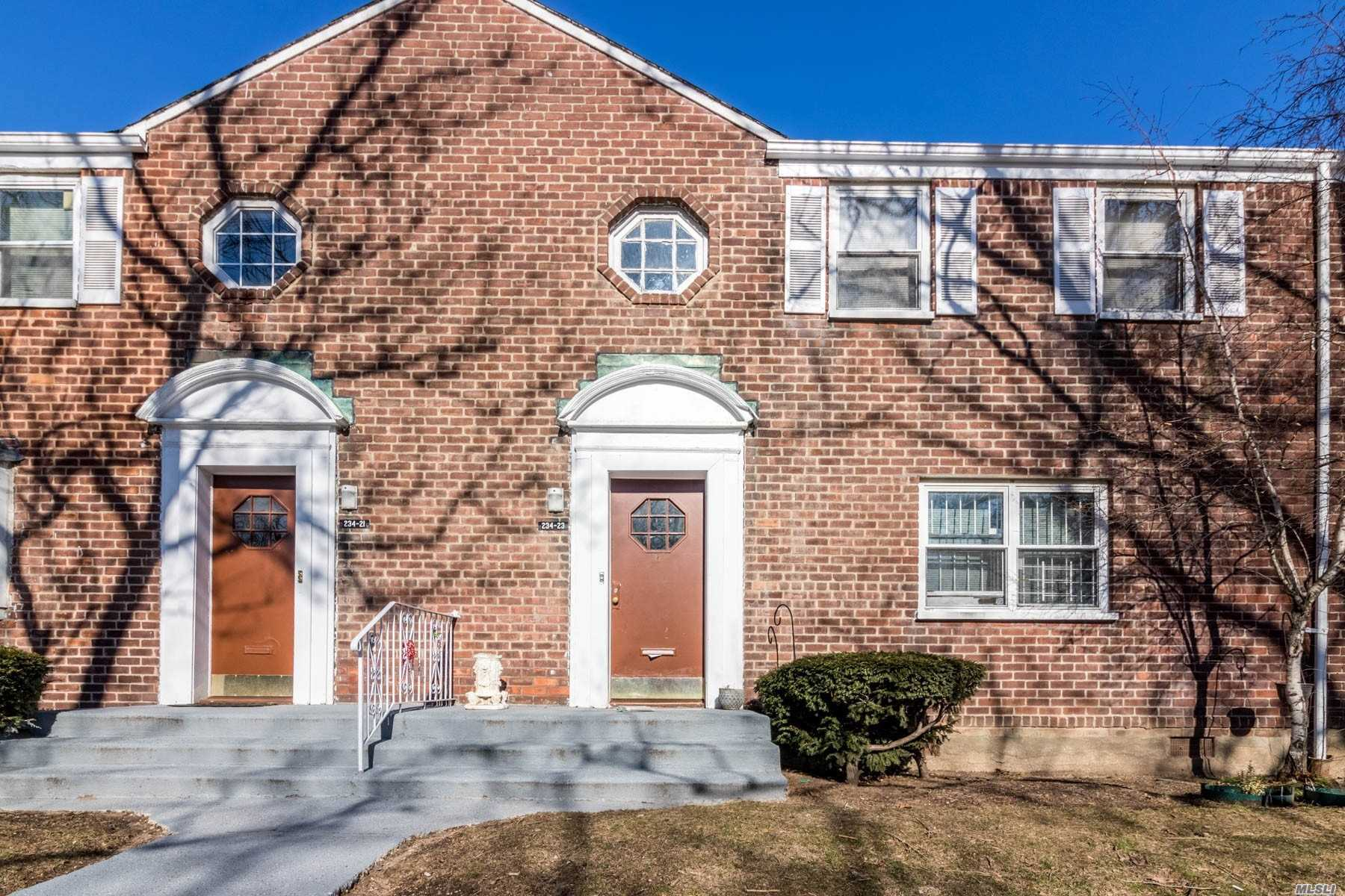 Photo of home for sale at 234-21 133rd Ave, Rosedale NY