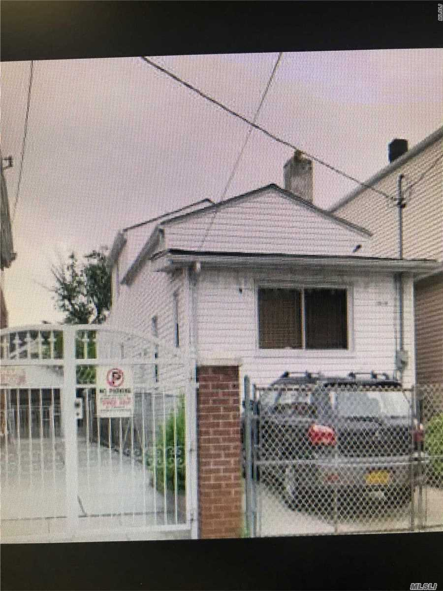 Photo of home for sale at 133-33 133 St, South Ozone Park NY