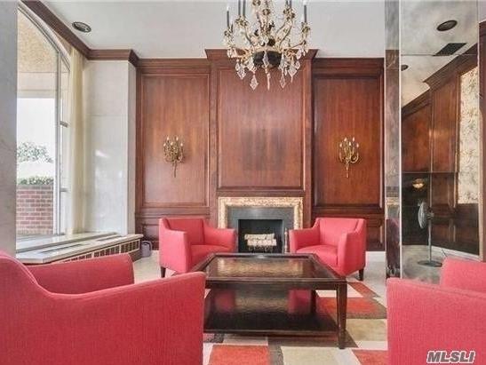 Photo of home for sale at 85-15 Main St, Briarwood NY