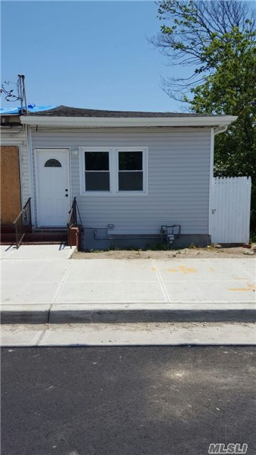 Photo of home for sale at 334 Beach 47th Stree, Far Rockaway NY