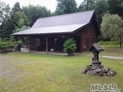Photo of home for sale at 278 Log Cabin Ln, New Berlin NY