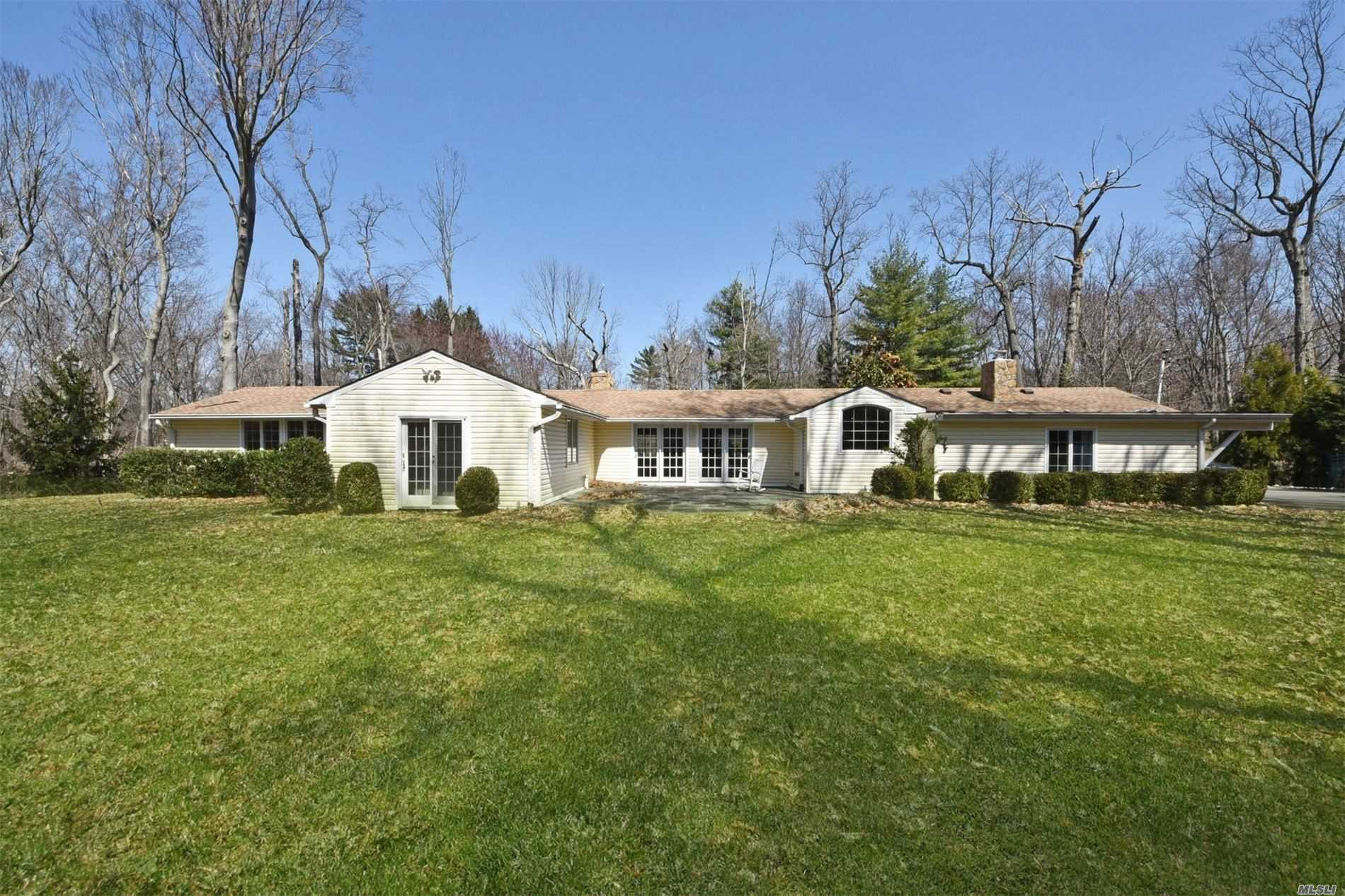 Property for sale at 1 Parish Dr, Lattingtown,  New York 11560